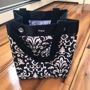 NWT Thirty-One Essential Storage Tote